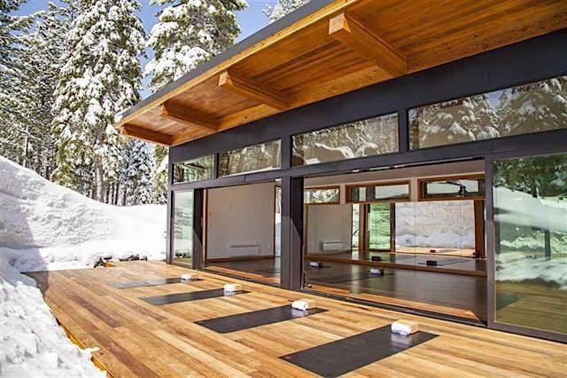 Treehouse-Yoga