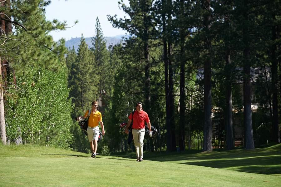 Golf two men